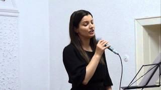 Luiza Spiridon - Privesc spre cer