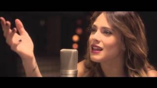 Martina Stoessel (Violetta) - Libre Soy (španělská verze písničky z nového filmu Ledové království)