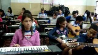 OFICINA DE MUSICA NA E E ANITA BRINA BRANDÃO TURMA 1