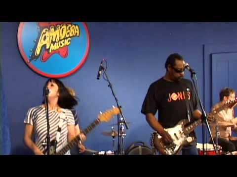 the-dirtbombs-ever-lovin-man-live-at-amoeba-amoeba