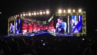 Niall singing Beautiful Girls & Stand By Me (One Direction @ Rose Bowl 9/13)