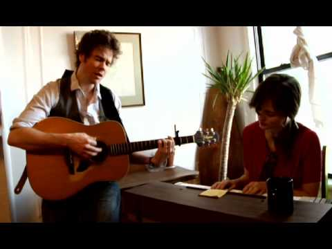 Josh Ritter And Dawn Landes Perform In Their Kitchen Chords Chordify
