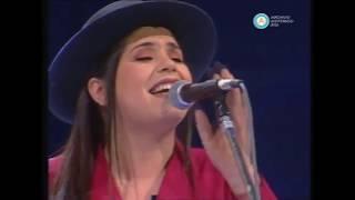 """TAMARA CASTRO - """"Cruzando el dulce"""" Folklore Todo el Año canal 7 año 1999"""