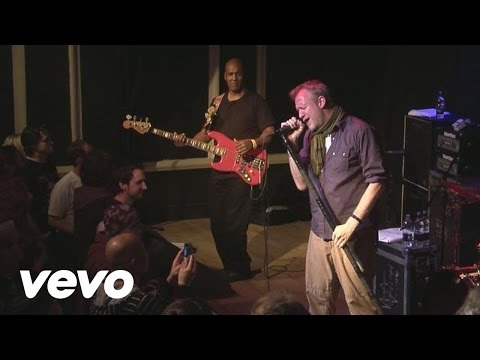 spin-doctors-two-princes-live-in-manchester-spindoctorsvevo
