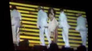 Upgrade U (live) - Beyoncé - by sitrt