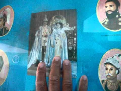 03 Prof. Juan Lázara  en casa del monje Lal Lama.MPG