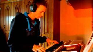Swedish House Mafia - Miami 2 Ibiza ft. Tinie Tempah [on keyboard]