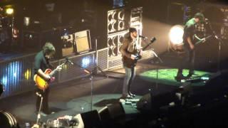 Kings Of Leon - Radioactive Live @ MSG 11.16.10