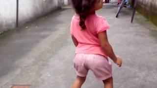Sarah dança #bumbum granada