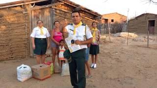 Clube de Desbravadores Arautos do Cabugi fazendo entrega de doação