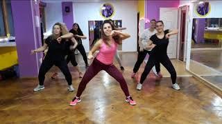 Kamelia - Amor Dance Video ZumFit 023
