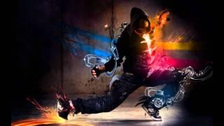 Nick Cannon ft Akon - Famous (2011) [www.RnB4U.in] [HD] x3