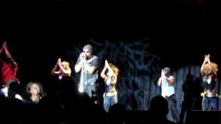 "MC Hammer ""Pray"" Live 4/4/2010"