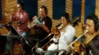 Guayacan Orquesta - Carro De Fuego - Video Oficial