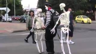 Funny Mime, Full dance (Skeletons)