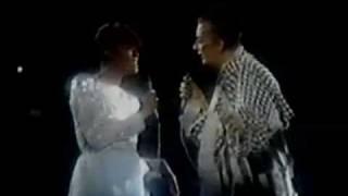 Boy George & Dionne Warwick Say A Little Prayer Live