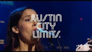 """Austin City Limits Web Exclusive: Rhiannon Giddens """"Julie"""""""