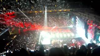 (OCEAN&ARMY SINGING) WE ARE BULLETPROOF - ON STAGE EPILOUGE: BTS LIVE IN MANILA 2016