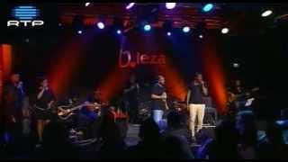 14 Dino D'Santiago @ BLeza - Pensa na Oji com Paulo Flores (encore)