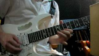 Velvet Revolver-She Build Quick Machines and D minor guitar solo