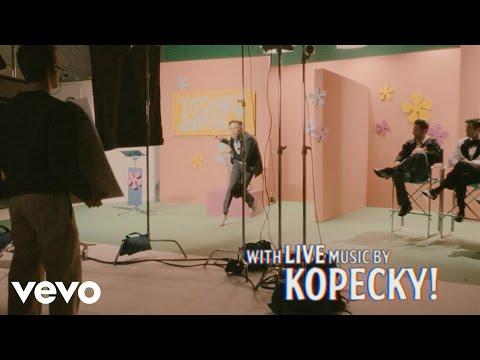 kopecky-quarterback-official-music-video-kopeckyvevo