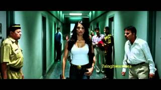 धूम २ Dhoom 2 : Bipasha Basu _ Shaking her BikiniSsS _[ H.Q.]__7sw.