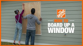 A video showing how to board up windows with plywood.