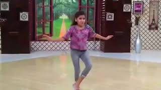 Billo hai performance by little girl