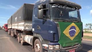 Caminhoneiros fazem manifestação na capital e no sul do Piauí