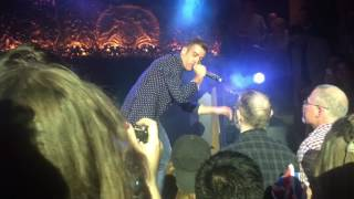 "Francesco Gabbani ""Amen"" live London performance"