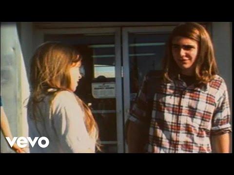 Cinderellas Big Score de Sonic Youth Letra y Video