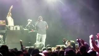 T-Pain - I'm 'n Luv (Wit a Stripper)/5 O'Clock (Live)