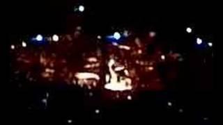 Foo Fighters - O2 Arena - Skin and Bones