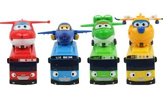 Bus, airplane, red, blue, yellow, green. Interesting color play #toy #rollytoy