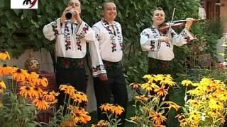 Fraţii Reuţ - Doarme Leana şi suspină 2012