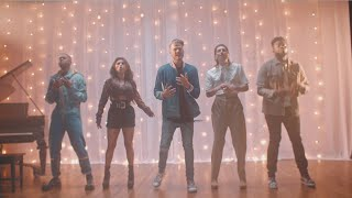 Pentatonix - Waving Through A Window