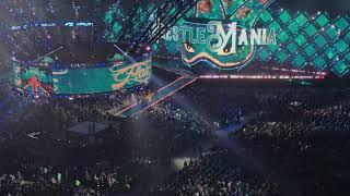 Wrestlemania 34 Charlotte Flair Entrance (Fan Video)