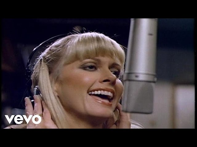 "Vídeo oficial de ""Deeper than night"" de Olivia Newton-John"