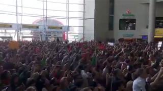 Arrival from Salvador Sobral to Lisbon airport / Chegada de Salvador Sobral ao aeroporto de Lisboa