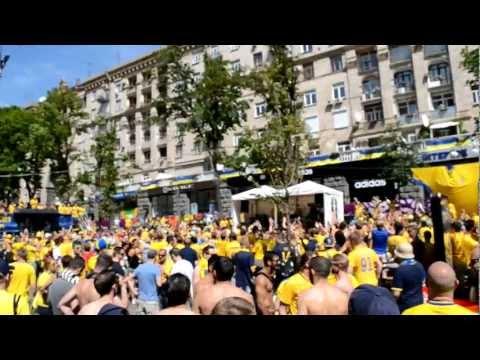 Шведские болельщики в Киеве на Евро-2012