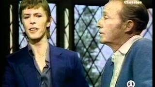 David Bowie - Peace On Earth/Little Drummer Boy (Ft. Bing Crosby)