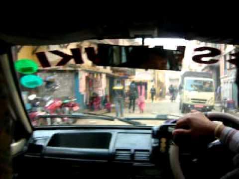 Taxi in Nepal / Suzuki Maruti in action