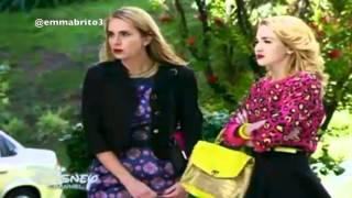 Violetta descubre a Priscila y la empuja de las escaleras (03x66)