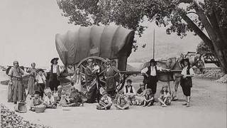 Gypsy folk music - Freylekh Trio - Aven Mande