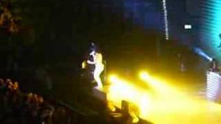 Nelly Furtado Live @ Porsche Arena Stuttgart - I'm Like A Bird remix