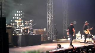 Blink-182 - First Date Live Prague 2014