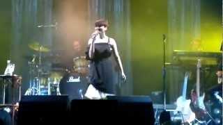 Arisa - Malamorenò (Live @ Teatro Bellini di Napoli) HD - 15/05/2012