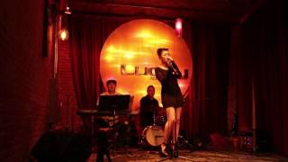 Fly Me To The Moon - Rubi Groove (Cover) @ Lucky Lounge Austin