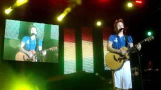 Michel Teló cantando I'm yours e Chora , me liga - 01/01/2011