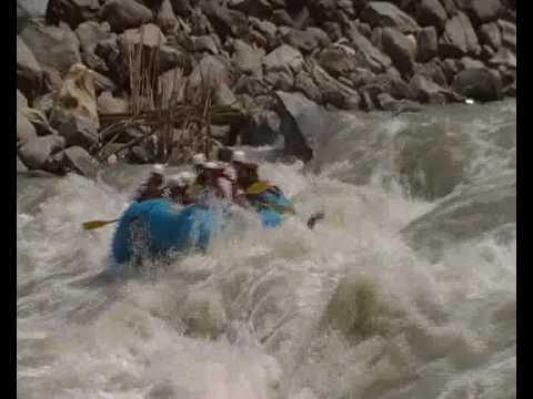 Nepal Rafting  – www.aaryatravel.com